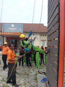 rappelling